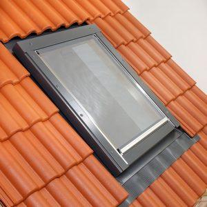 Schindler KRU külső hővédő roló